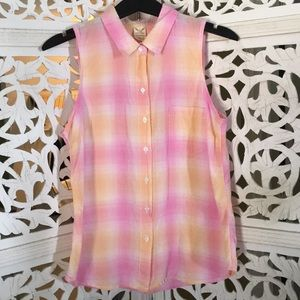 Faded Glory Pink Sleeveless Button Up